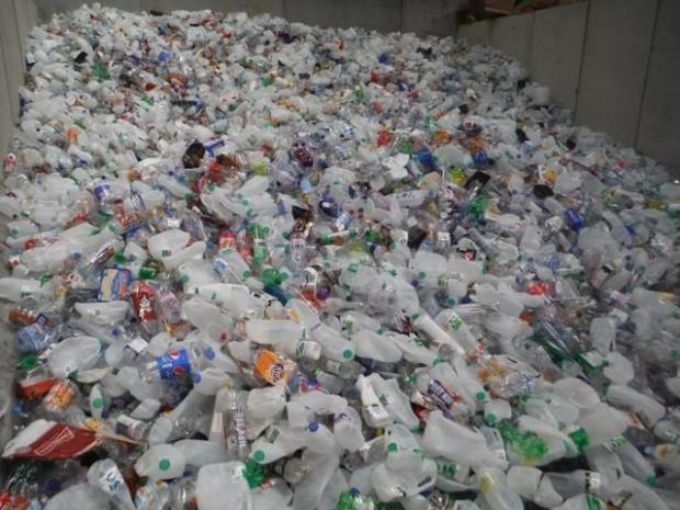 Company Is Using Plastic Bottles To Make Roads That Last 10x Longer Than Asphalt