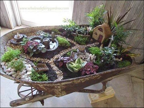 Awesome Ideas For a Small Garden Display