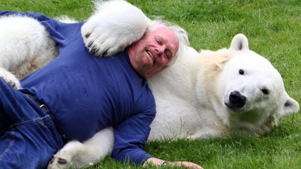 Meet the only man in the world who can swim with a polar bear